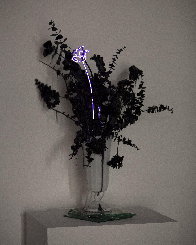 merylpataky_vase_purple_1.jpg