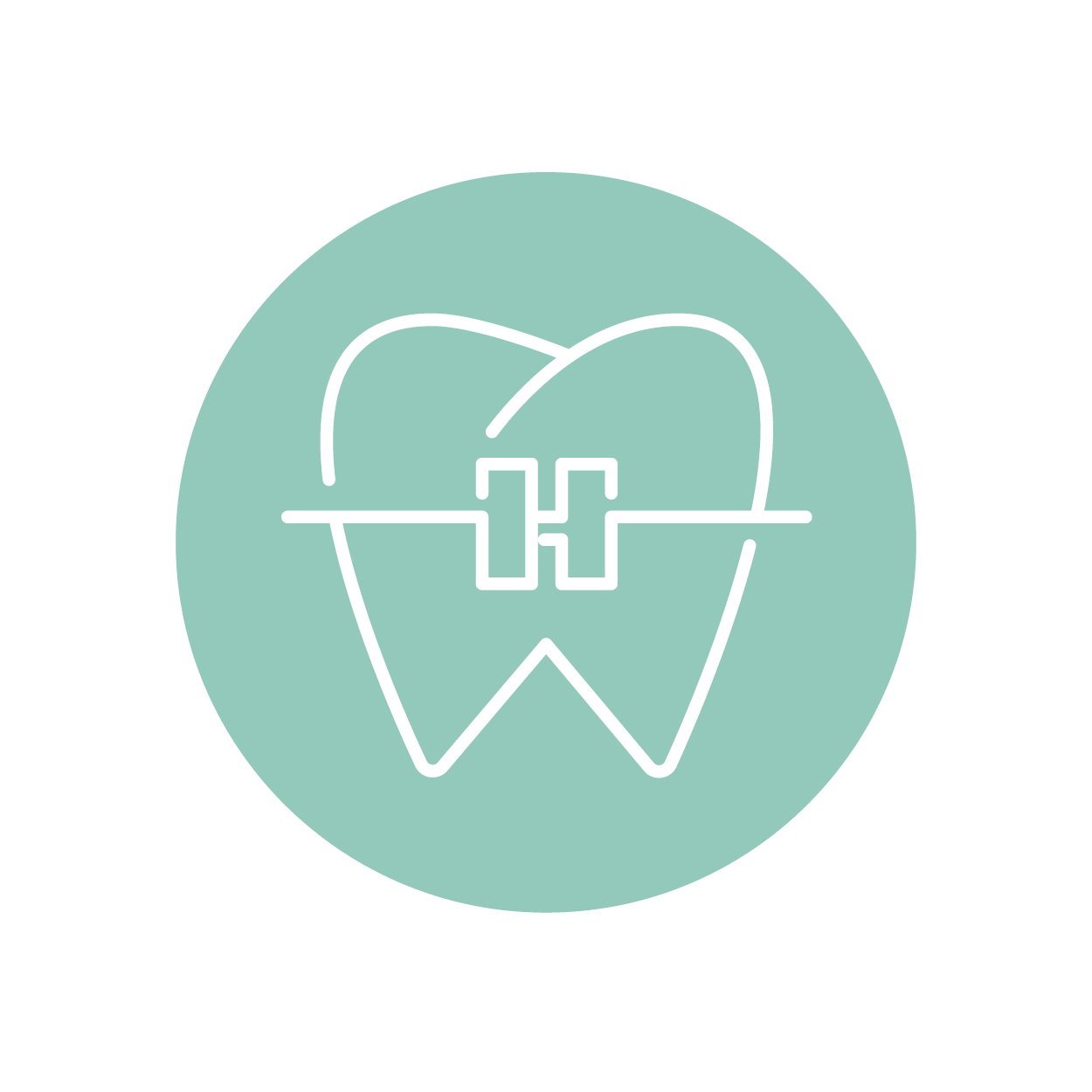 Therapiemöglichkeiten bei Jugendlichen - Erste PhaseZu Beginn der Zahnkorrektur arbeiten wir oft mit einer herausnehmbaren losen Zahnspange, die unsere Patienten nachts und einige Stunden am Tag tragen sollen. Wir haben eine große Auswahl an Farben und Designs für die Zahnspangen, die sich die Kinder und Jugendlichen bei uns immer gerne selbst auswählen und erfahrungsgemäß dann auch lieber tragen. Die Spangen werden in unserem hauseigenen Zahntechniklabor in der Praxis gefertigt.–Zweite Phase Nach der losen Zahnspange erfolgt normalerweise die Behandlung mit der festen Zahnspange. Grundsätzlich empfehlen wir auch bei Jugendlichen die Lingualtechnik, also die fast unsichtbare, innen liegende Zahnspange. Mehr dazu erfahren Sie hier. →Als Alternative arbeiten wir bei der Spange von außen mit einem selbstligierenden System, bei dem superelastische Drähte mit geringen Kräften die Zähne schonend über einen längeren Zeitraum bewegen.–Langfristige NachsorgeNach dem Entfernen der festen Zahnspange muss die Zahstellung stabilisiert werden. Hierfür fertigen wir einen Retainer an, eine lose Spange, die nachts getragen werden muss. Dünne, individuell gebogene Drähtchen, die auf der Innenseite der Frontzähne befestigt werden, erleichtern die Retention. Sie sind von außen völlig unsichtbar und ermöglichen eine dauerhafte Stabilisierung des Behandlungsergebnisses. Sie stören weder beim Sprechen noch beim Essen.