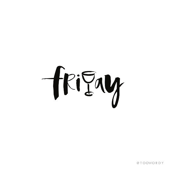 It's fridaaaay! Lovely plans for the weekend? #friyay #weekend #almost #drinks #friends #gins #ginforthewin #welovegin #cosy #enjoyyourday