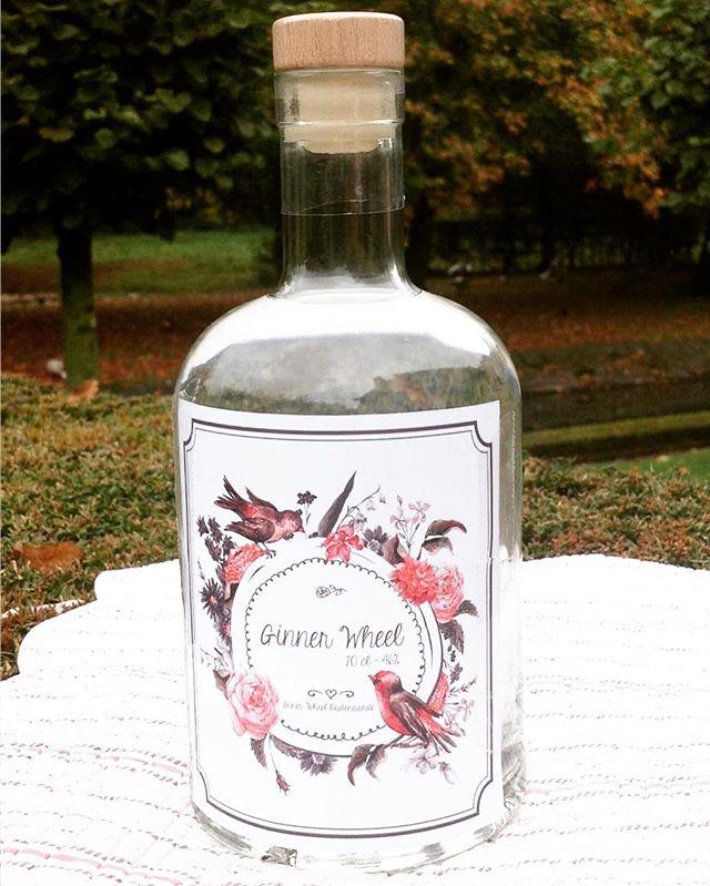 Ook verkrijgbaar bij ons! Een heerlijk florale gin met 14 fijne kruiden 😋 #newin #ginnerwheel #ginstagram #ginspire #gt #gintonic #gins #rosemary #lavender #coriander