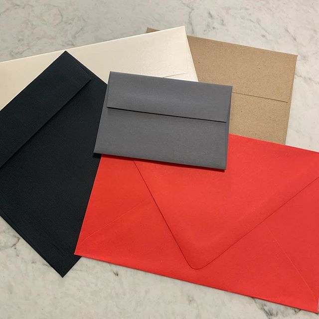 Hey guys! I'm doing a major spring cleaning and have THOUSANDS of envelopes to donate. All in different sizes and colors. Is there a good organization in Chicago or burbs that could use these (as well as some pretty paper stock) that I could drop it off to?! Thanks in advance. ✨  And... if any of my creative friends following along want anything for fun, let me know now and I'll set stuff aside for you! I have a LOT of pretty to go around!