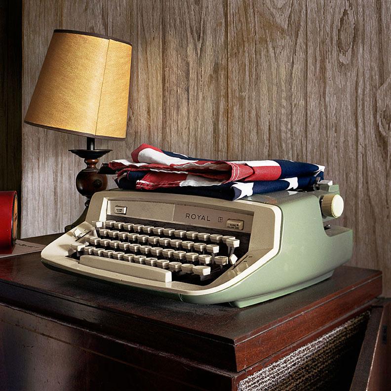 Typewriter_square.jpg