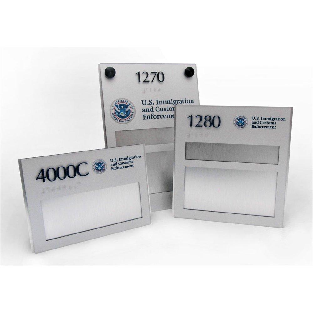 us immigration custom ada sign updateable