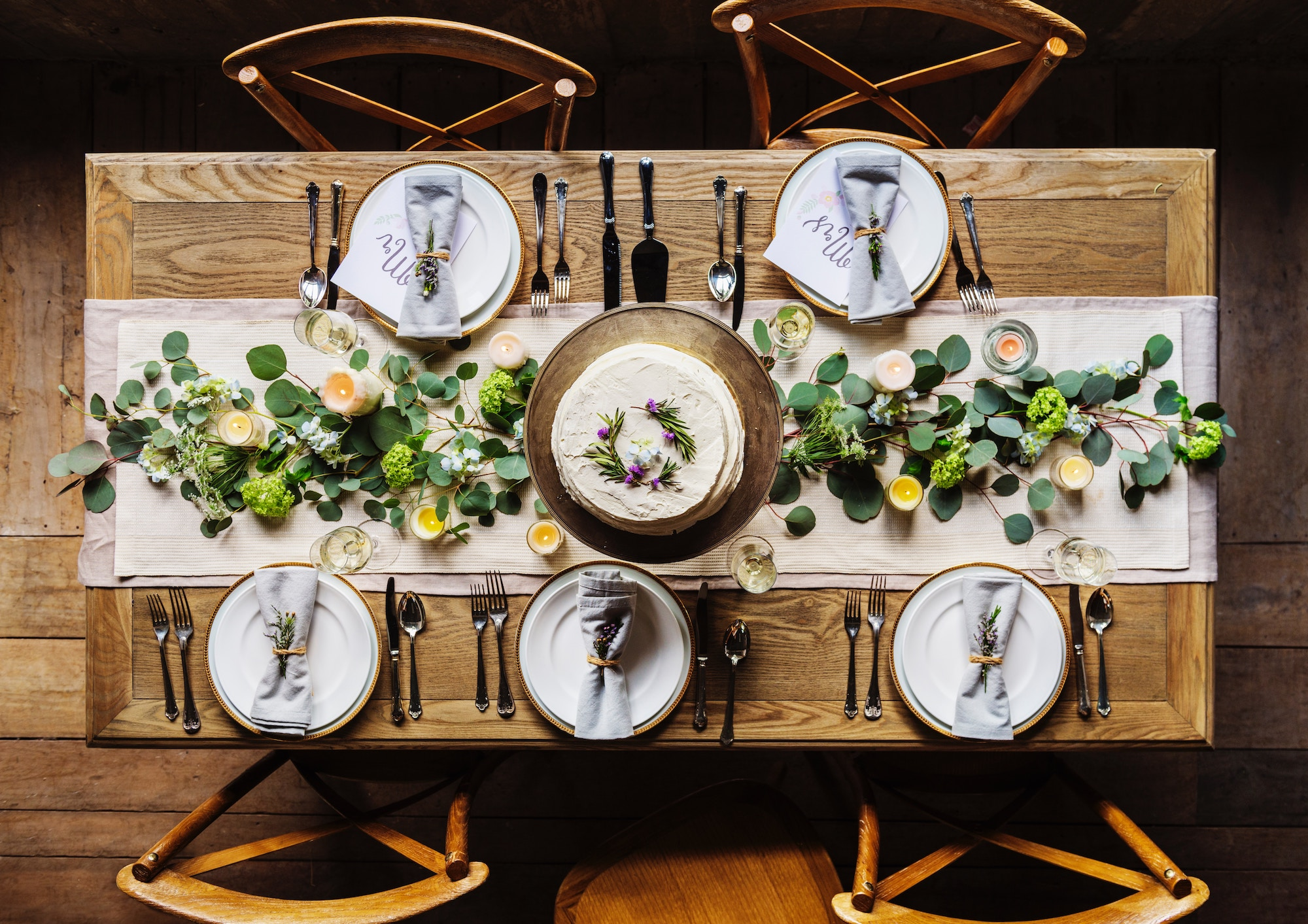 Tips for Decorating the Thanksgiving Table -