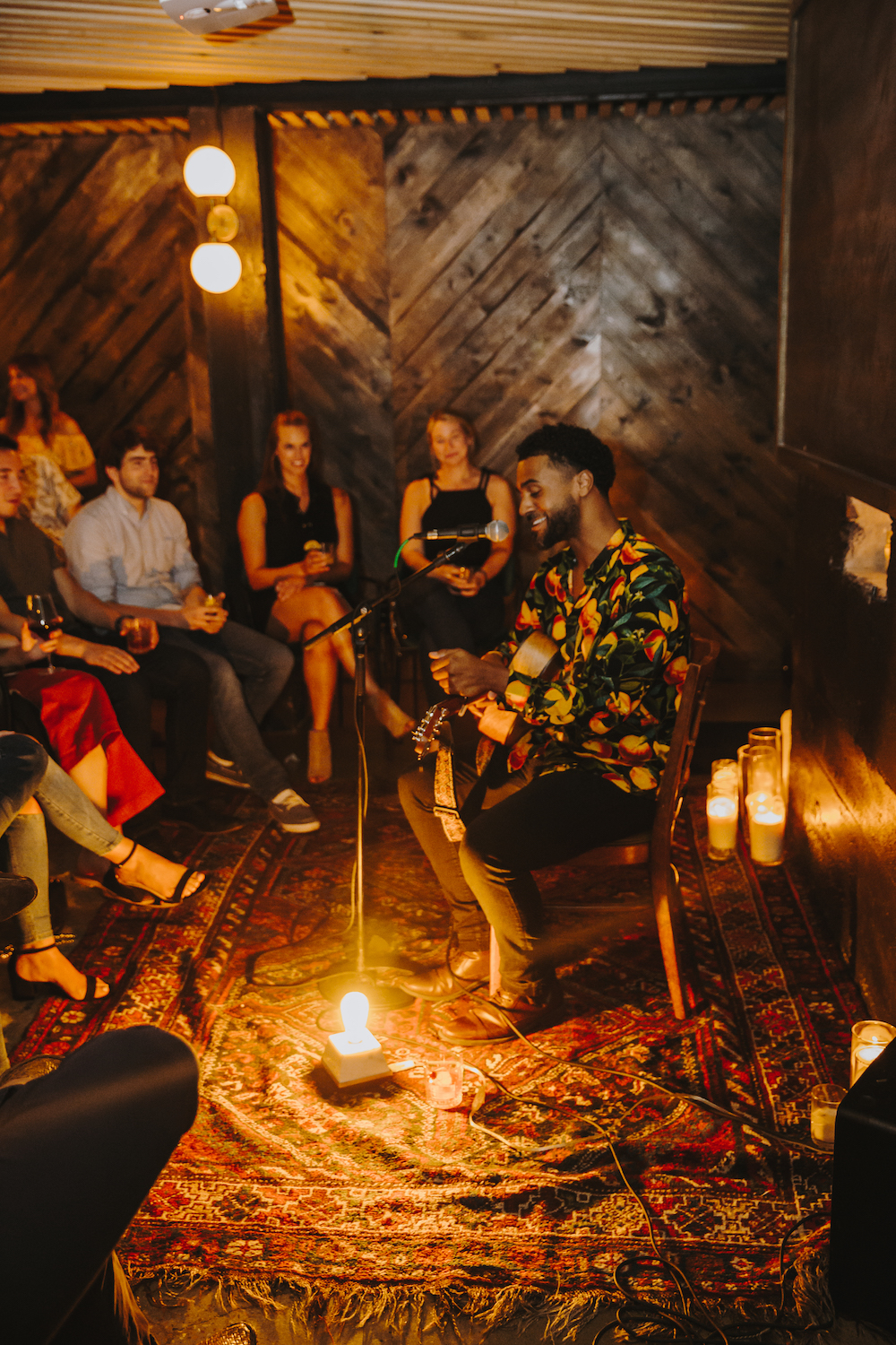 SOUND SESSION - an intimate music experience