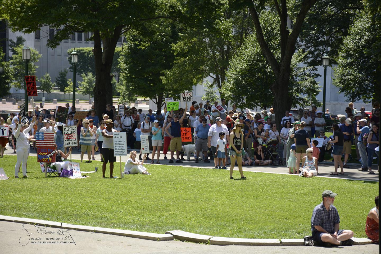 Crowd 1153 sm.jpg