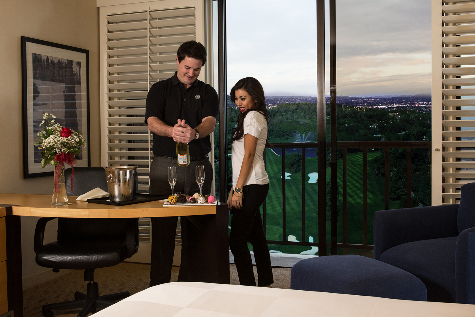 romance-room-golfcourse-photoshoped-crop.jpg