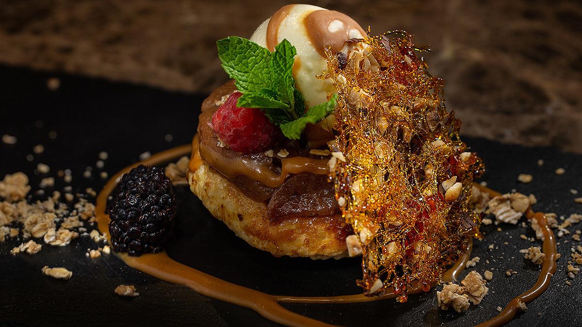 apple-dessert-foodphotography-denver.jpg