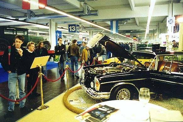 9002 1967 300SE Coupe 10.jpg