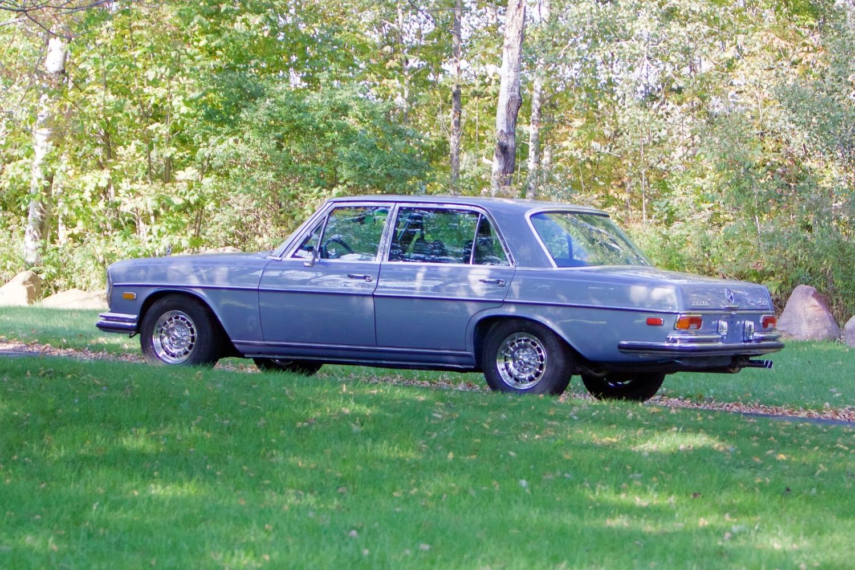 VIN 2875 1970 300SEL 6.3 Silver Blue Metallic - 3.jpg