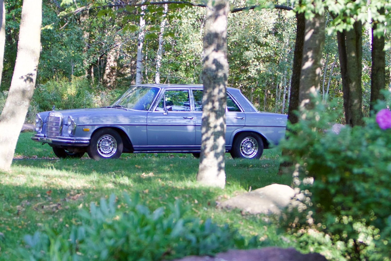 VIN 2875 1970 300SEL 6.3 Silver Blue Metallic - 4.jpg