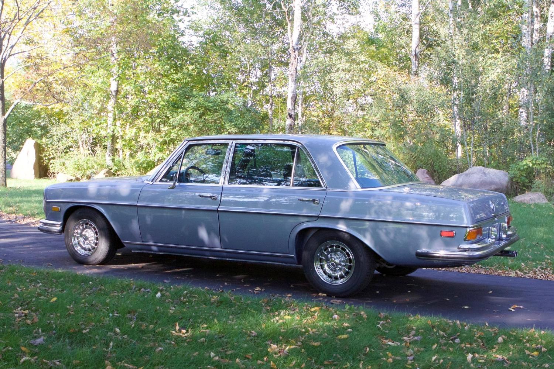 VIN 2875 1970 300SEL 6.3 Silver Blue Metallic - 15.jpg