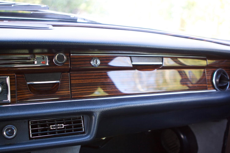 VIN 2875 1970 300SEL 6.3 Silver Blue Metallic - 35.jpg