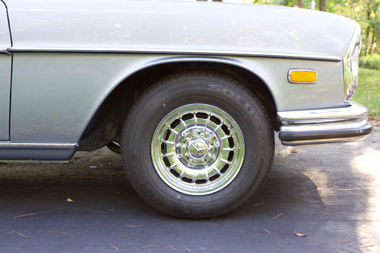 VIN 2875 1970 300SEL 6.3 Silver Blue Metallic - 65.jpg