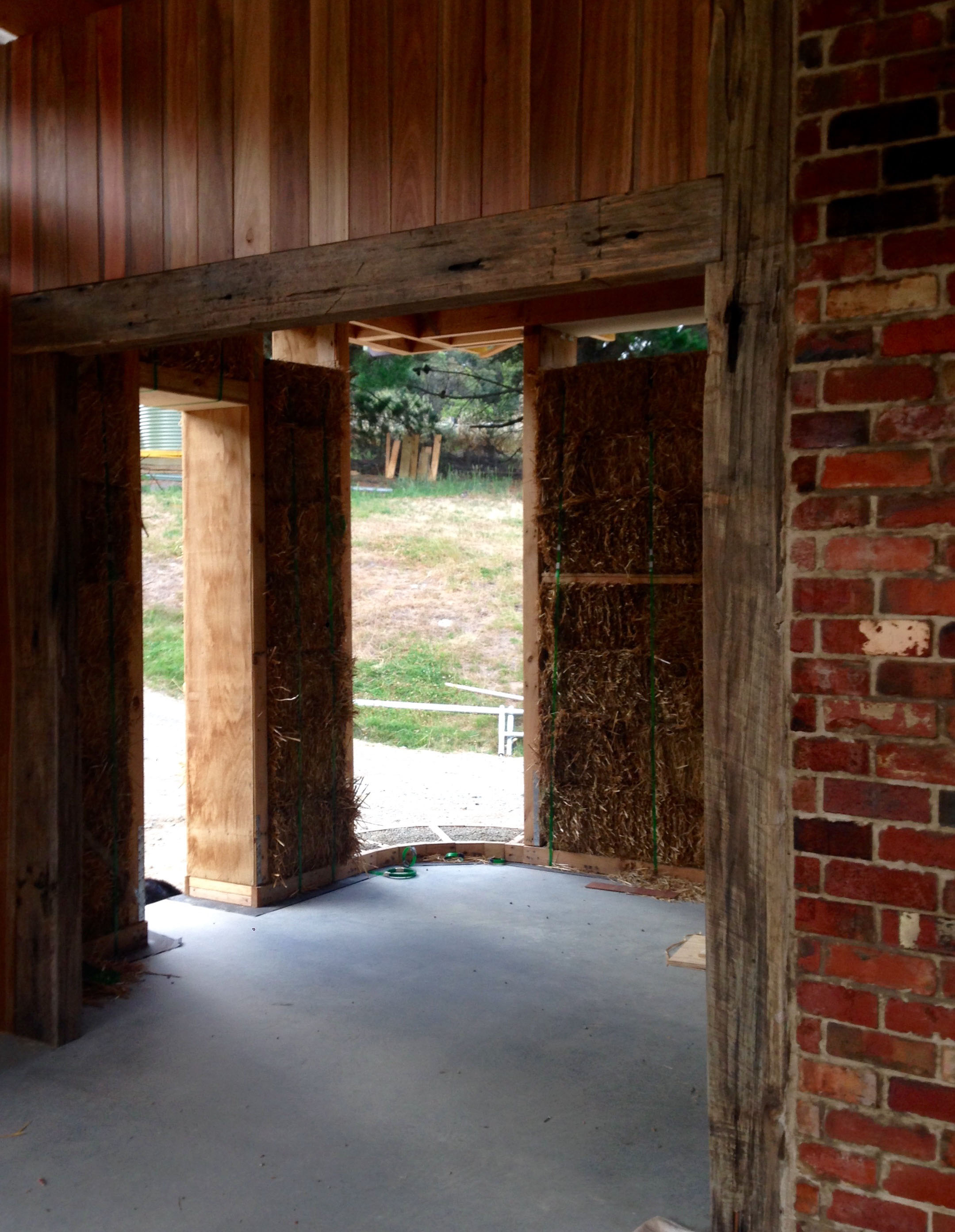 Integral Engineers Projects - Strawbale Home - Image 7.jpg