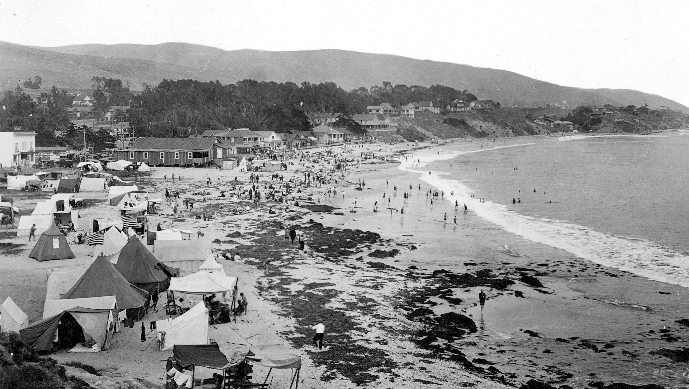 Laguna Beach, ca 1915 (Courtesy the Orange County Archives).