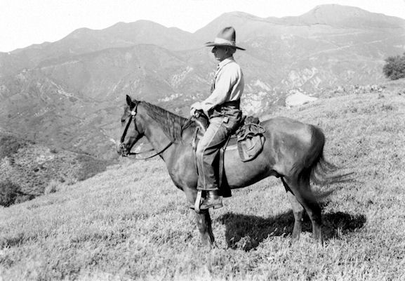 Gus Straw, on the ridge between Live Oak and Oso canyons, 1937 (courtesy Dave McIntosh).