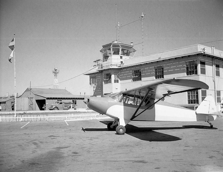 Orange County Airport, circa 1948 (courtesy the Orange County Archives)