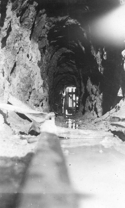 Inside the Blue Light Mine, 1941. This photo was taken by a teenage Jim Sleeper (courtesy Nola Sleeper).