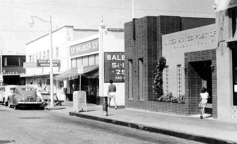 The Balboa Post Office, circa 1952 (courtesy the Orange County Archives).