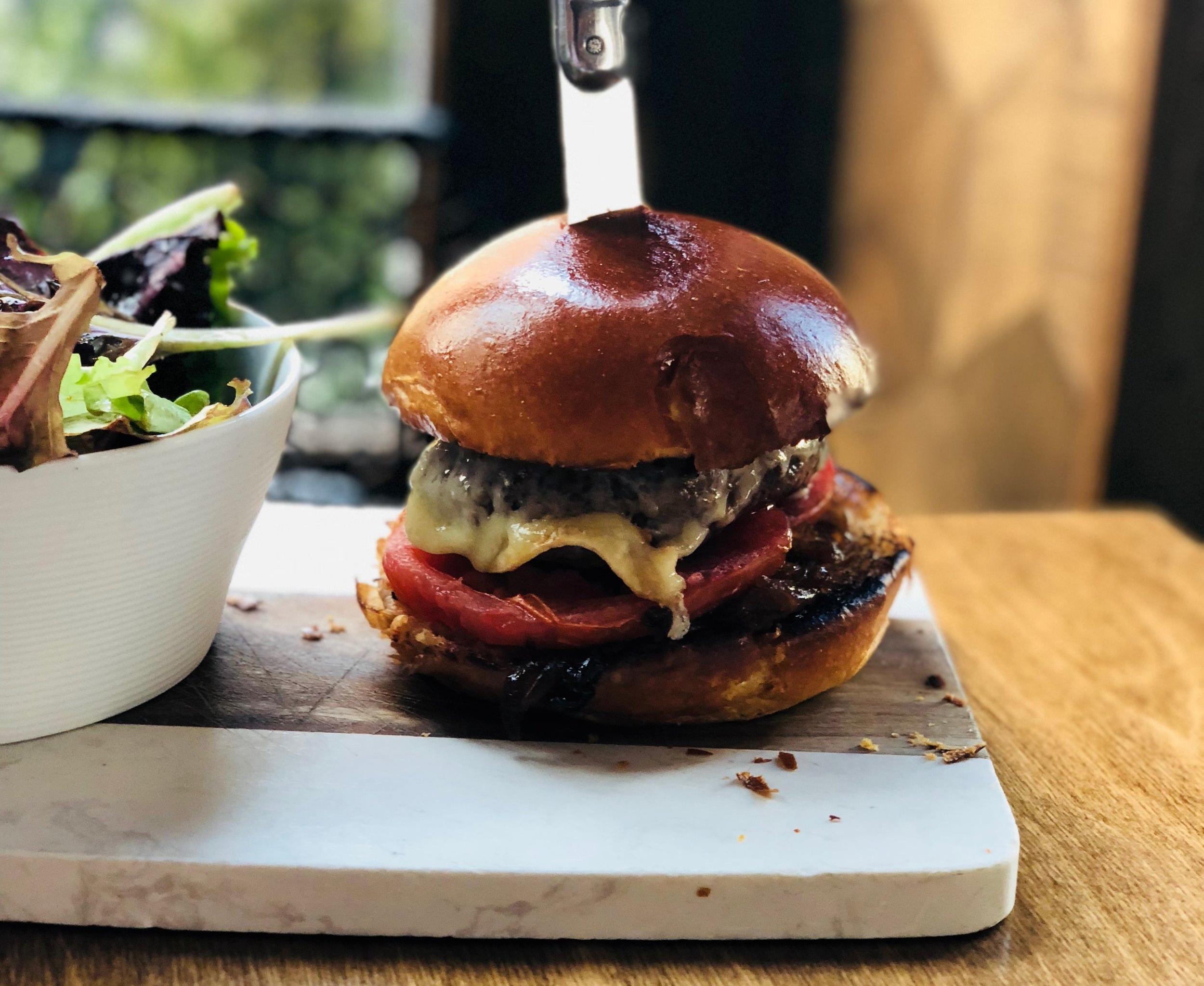 troquetnyc_burger.JPG