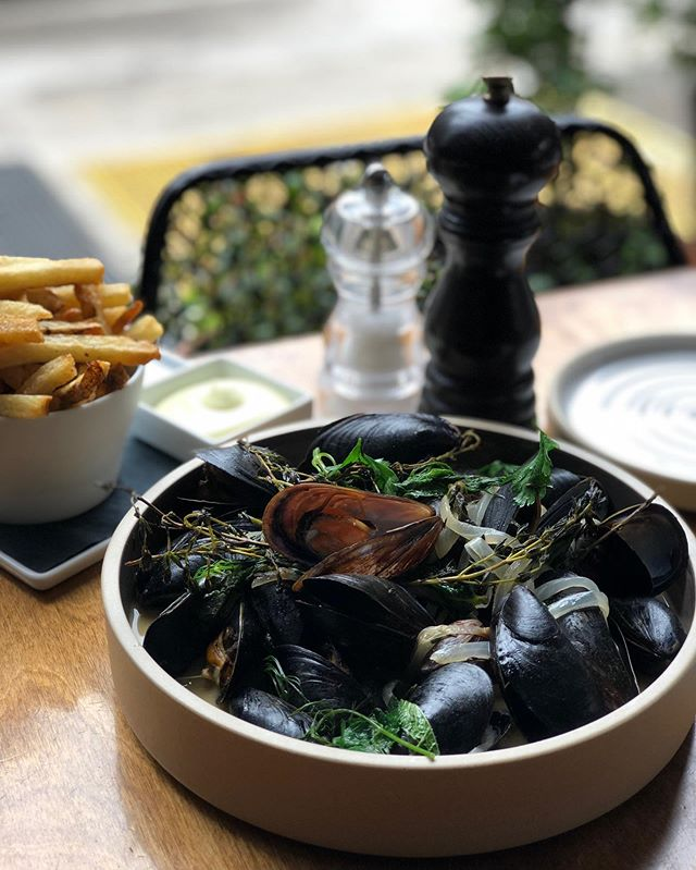 We serve moules frites every Sunday for supper and sometimes as lunch special. Stay tune! #troquetnyc