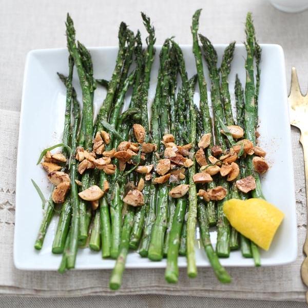 FoodieCrush-Roasted-Asparagus-009.jpg