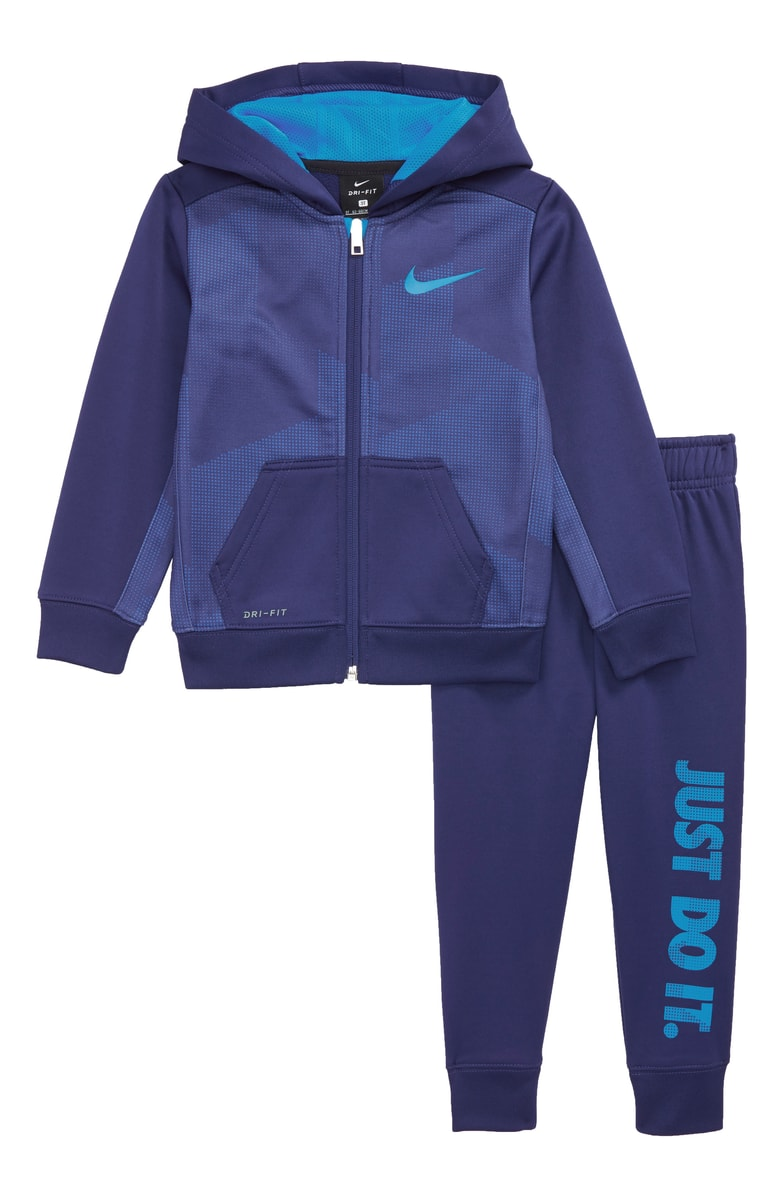 nikeouttfit.jpg