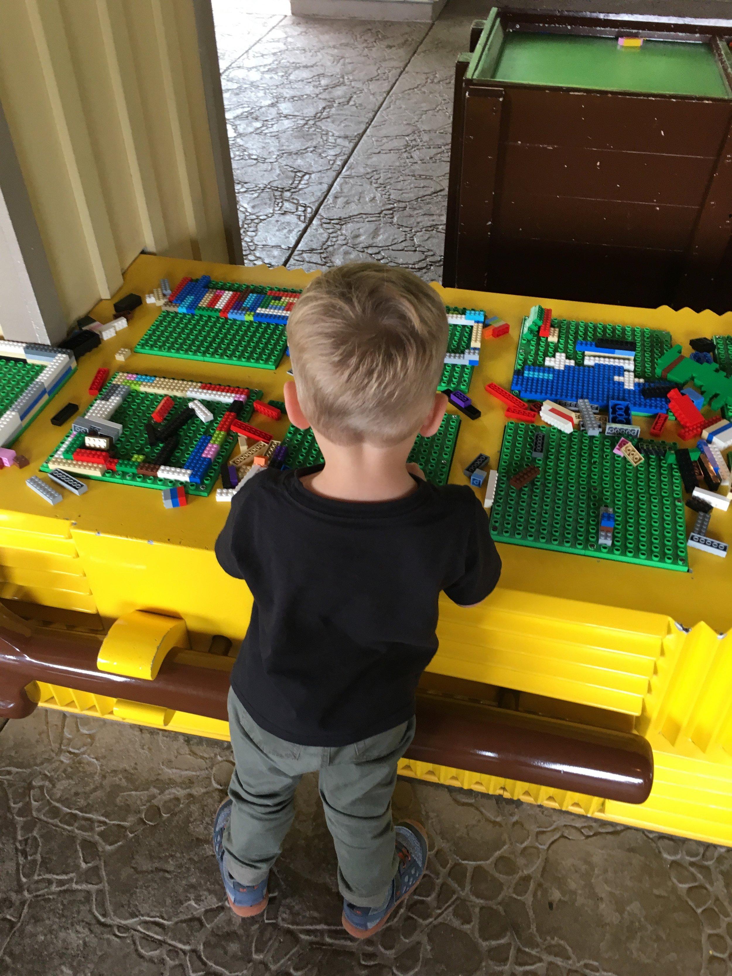 Lego Playing Station