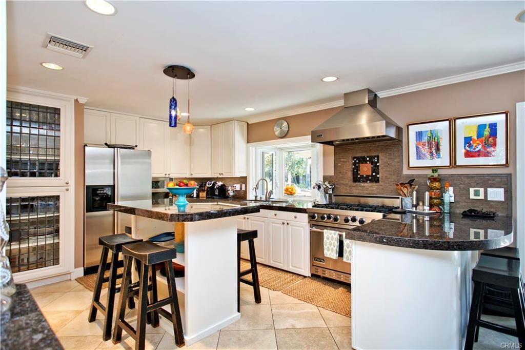 Skylark-kitchen.jpeg