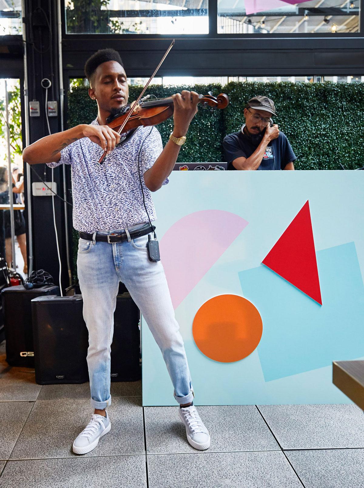 Violinist-Matthew-Silvera-DJ-Jonny-Santos-Squarespace-Summer-Party-2019.jpg