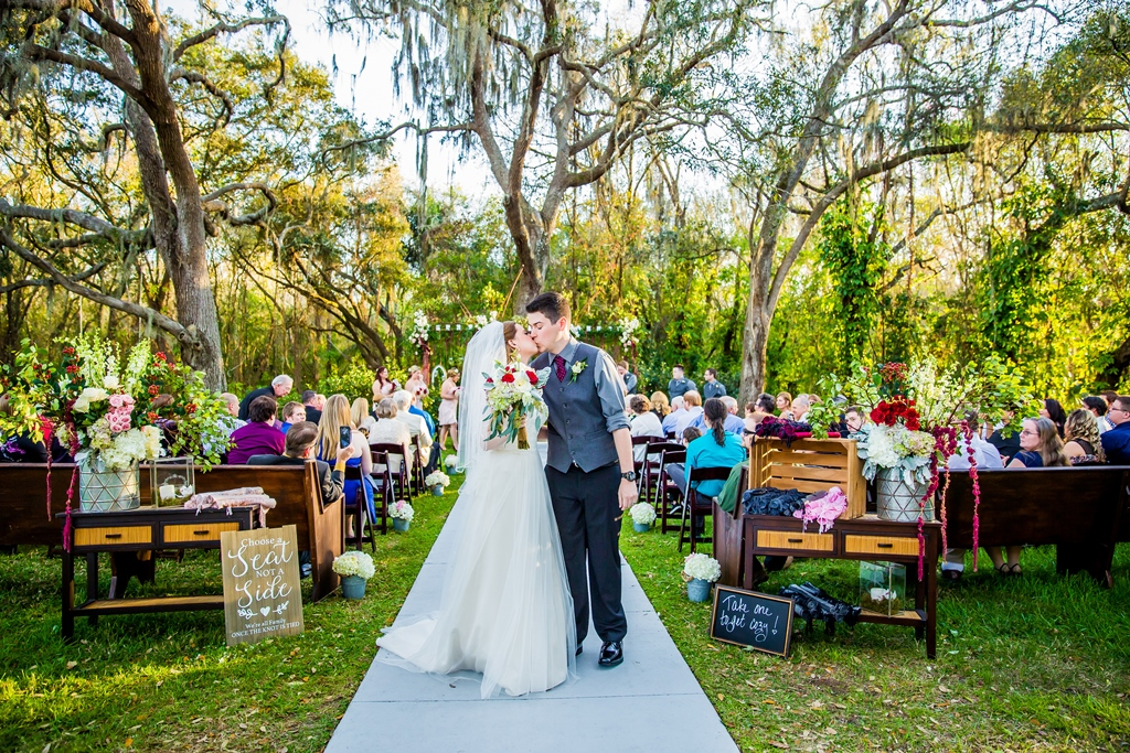Bakers Ranch - Florida wedding- Wedding venue - Rustic wedding -outdoor wedding (2).jpg