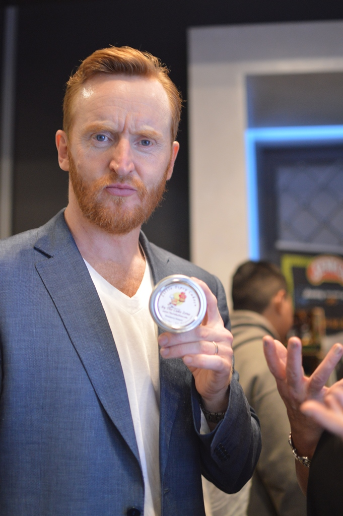 Emmy2016_Tony Curran _ The cake Zone _ Little Tipsy cakes.JPG
