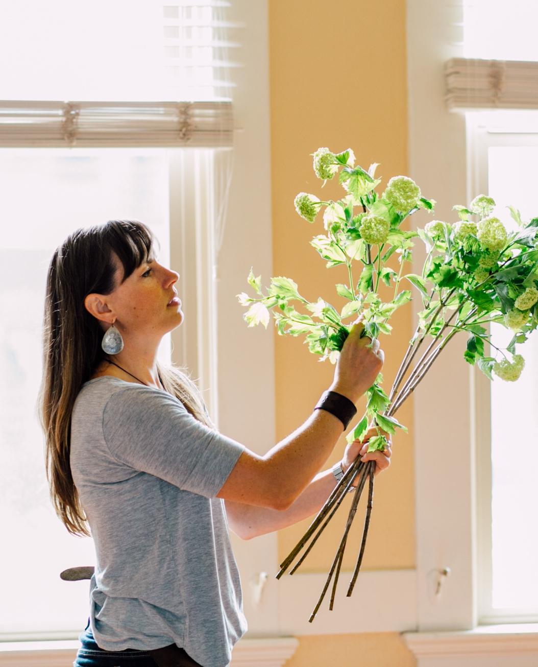 bellingham-flower-florist-bouquet-photographer-boys-and-girls-club-gala-2016-broadway-hall-49.jpg