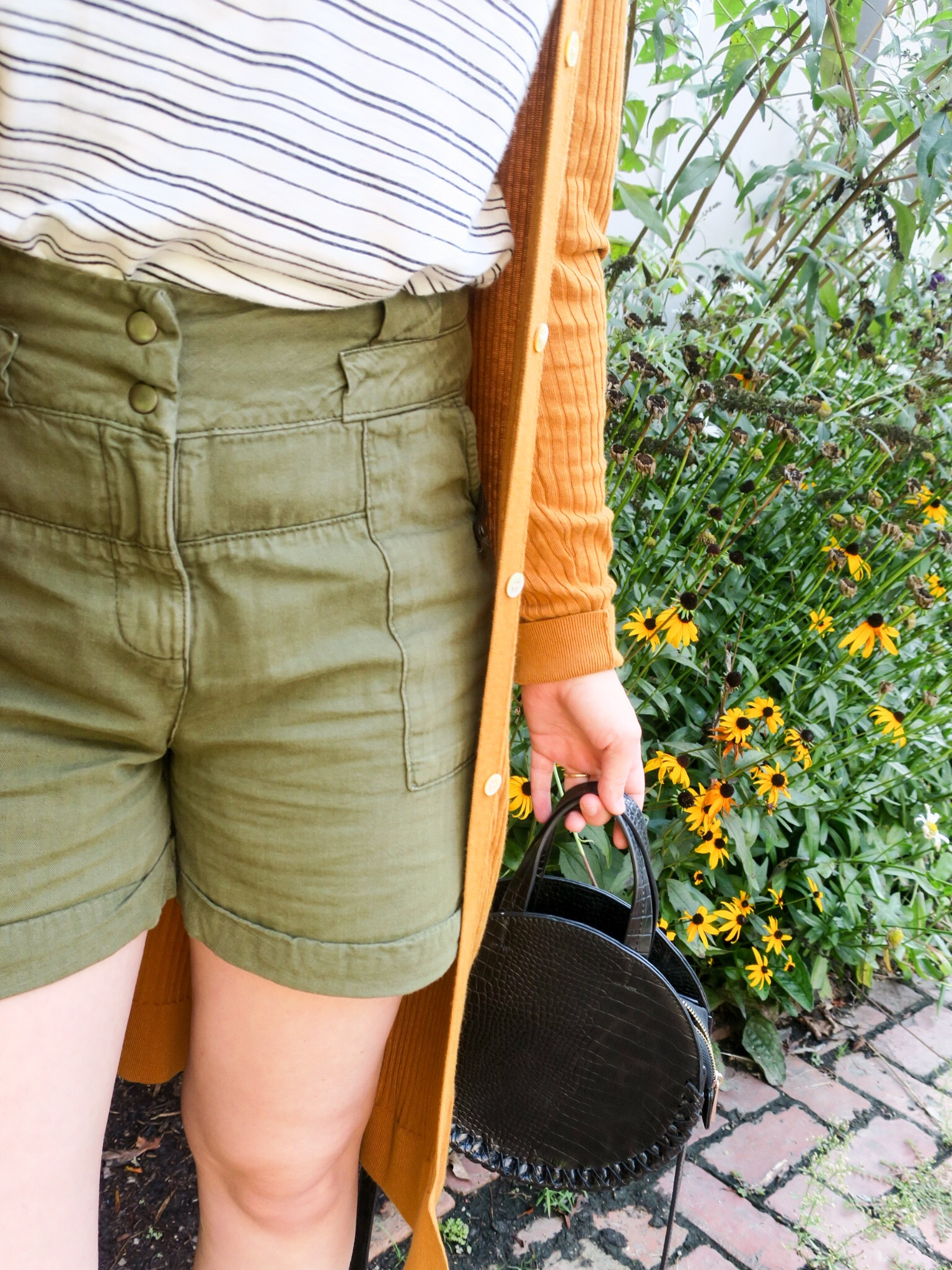 neutral tone outfit details.JPEG