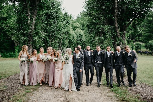 "🎵""So darlin', darlin', stand by me, oh stand by me""🎵⠀⠀⠀⠀⠀⠀⠀⠀⠀ ⠀⠀⠀⠀⠀⠀⠀⠀⠀ Tag a friend who you love always having by your side!⠀⠀⠀⠀⠀⠀⠀⠀⠀ ⠀⠀⠀⠀⠀⠀⠀⠀⠀ Photographer: @callielynch⠀⠀⠀⠀⠀⠀⠀⠀⠀ Florist: #aprilsflowersonmain⠀⠀⠀⠀⠀⠀⠀⠀⠀ Live Acoustic Musician, DJ, & Lighting: @bejamintwarner⠀⠀⠀⠀⠀⠀⠀⠀⠀ .⠀⠀⠀⠀⠀⠀⠀⠀⠀ .⠀⠀⠀⠀⠀⠀⠀⠀⠀ .⠀⠀⠀⠀⠀⠀⠀⠀⠀ . ⠀⠀⠀⠀⠀⠀⠀⠀⠀ #whimsicalwedding #meaningfulwedding #southernweddings #ashevillewedding #ashevilleweddings #ashevillenc #weddingmusicians #risingtidesociety #communityovercompetition #indiewedding #mountainwedding #lovelikethis #squadgoals #weddinggoals #weddingdetails #outdoorwedding #weddingentertainment #ncwedding #sayido #wanderingweddings #justmarried #weddingmusic #weddingdjs #ashevilleweddingdj #weddingprofessionals #weddingsquad #loveandwildhearts #junebugweddings #radlovestories"