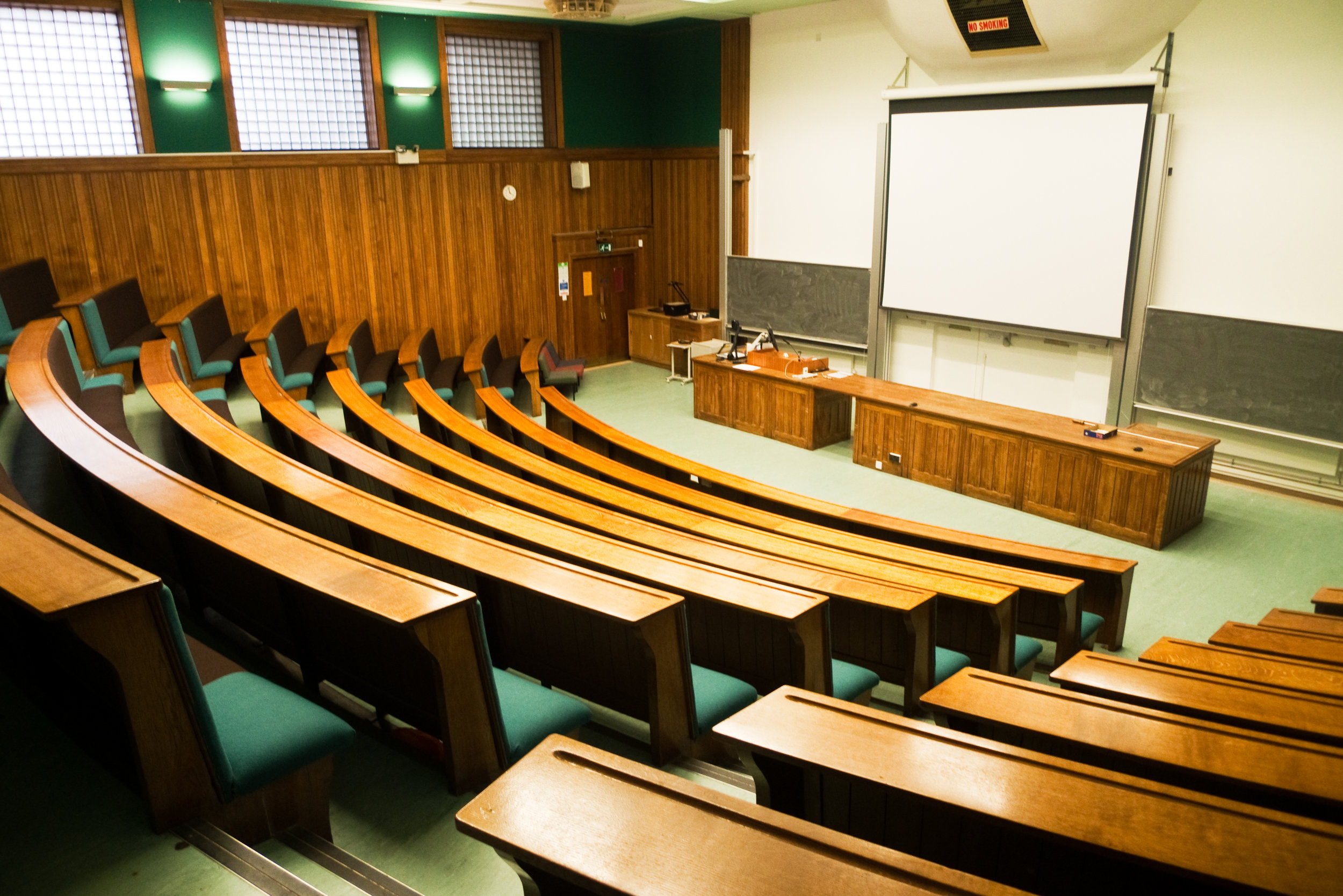 Lecture hall.jpg