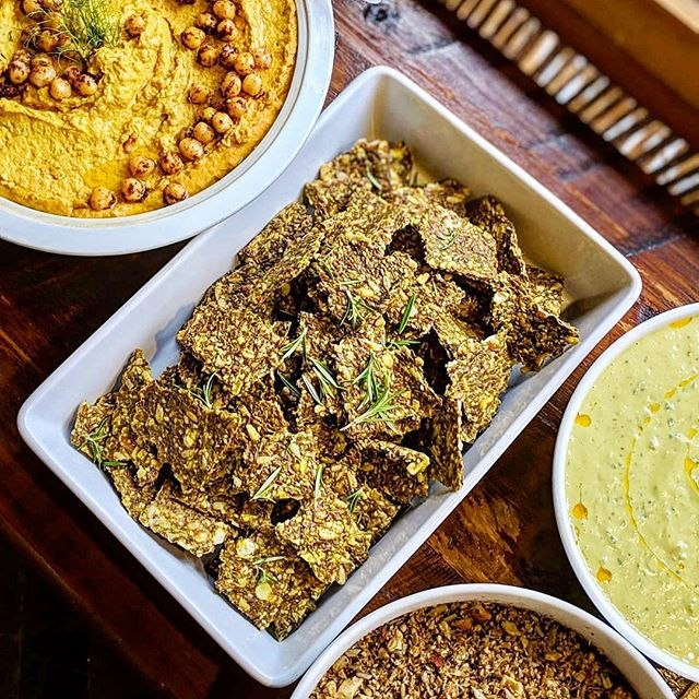 We're pretty Excited about this Lunchtime Line Up! It's doesn't get much Better! -Retreat catering plant based goodness..straight from nature to your bellies. We provide nourishing wholesome meals that are made only with LOVE 🌱💛 Here we have a few of our many dishes served: •Roasted Carrot Hummus •Dehydrated GF Seed crackers •Turmeric Tamari Seed sprinkle •Vegan Cashew Ginger Dressing 💌Email or DM us for more details on catering services