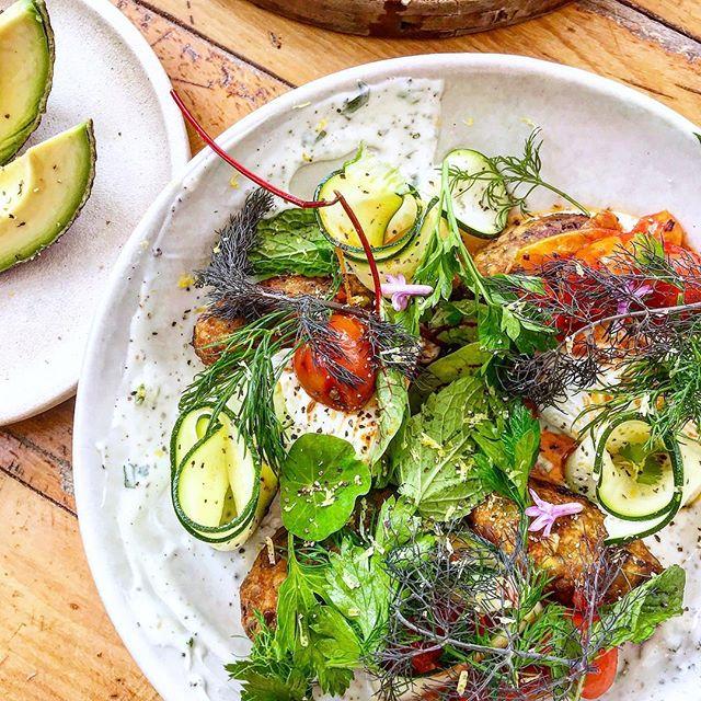BYRON Fav Falafel Salad @bayleafcafe 💚🌱