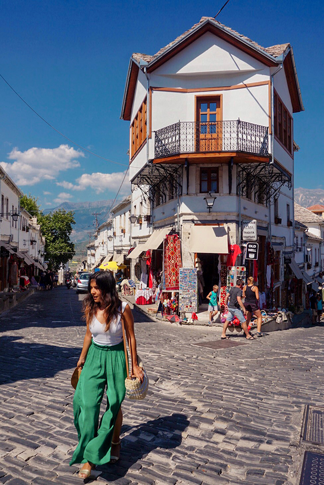 Gina Maldonado - cocogigidesing - Balkans09911.jpg