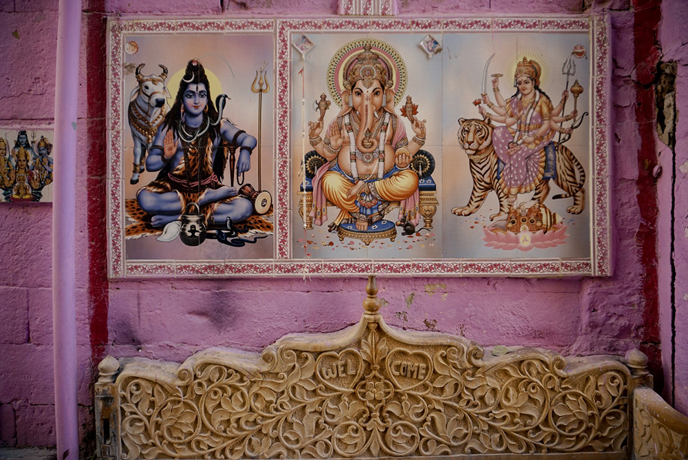 Depictions of Hindu gods: Kirshna, Ganesh and Durga