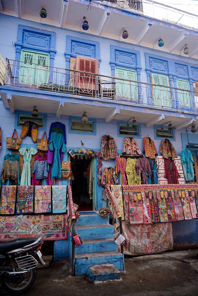 Many houses in Jodhpur are painted blue