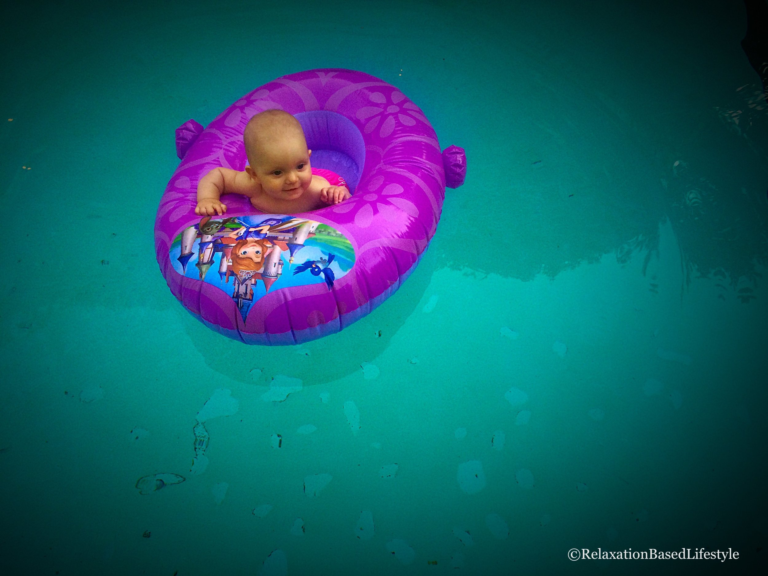 """Floating Donut Tube Thing."""