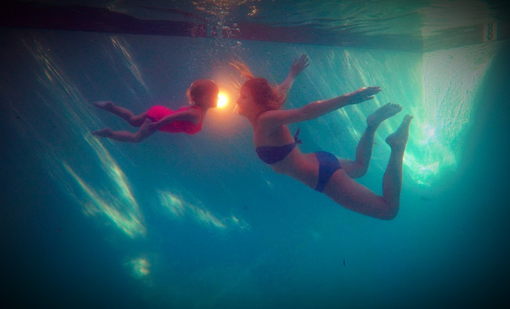 """""""I see the LIGHT!!!!"""" Loving the water starts with the belief that your chid CAN learn to swim!"""