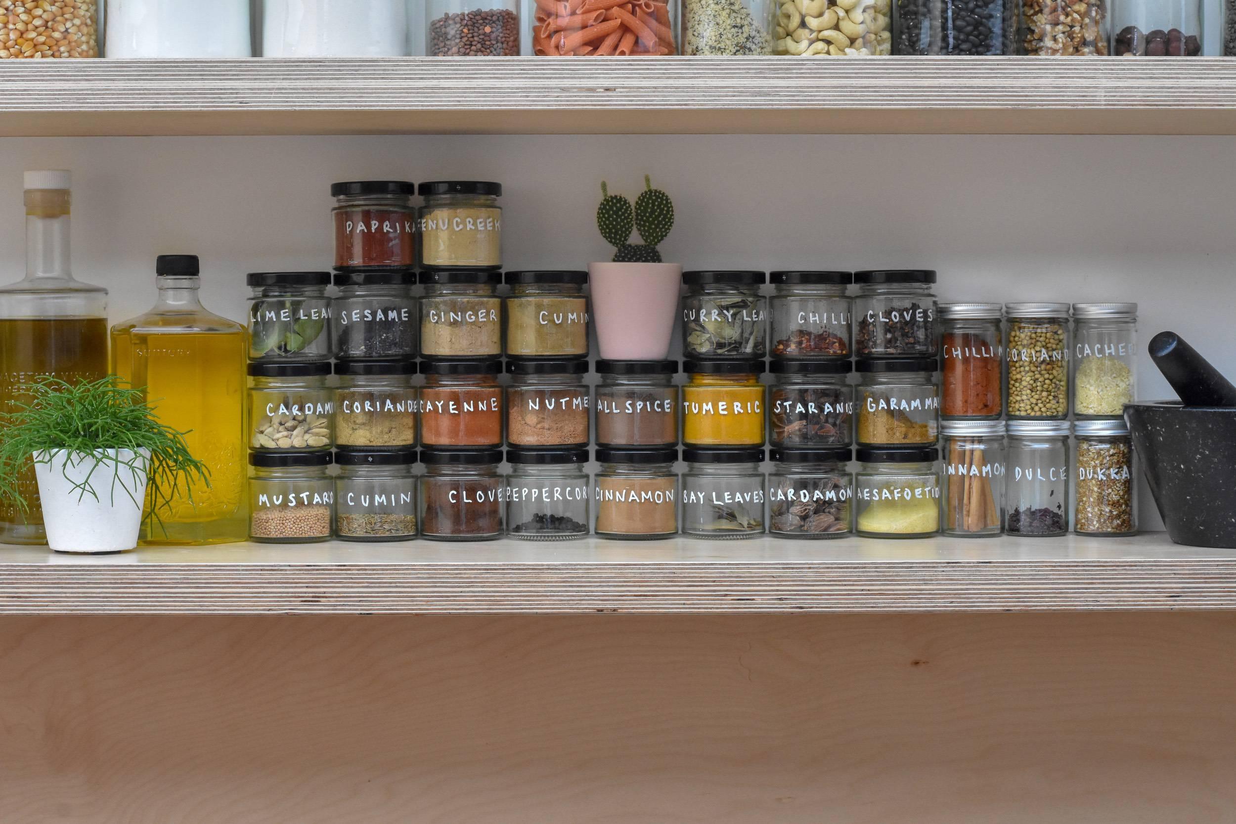 plastic-free-kitchen-spices