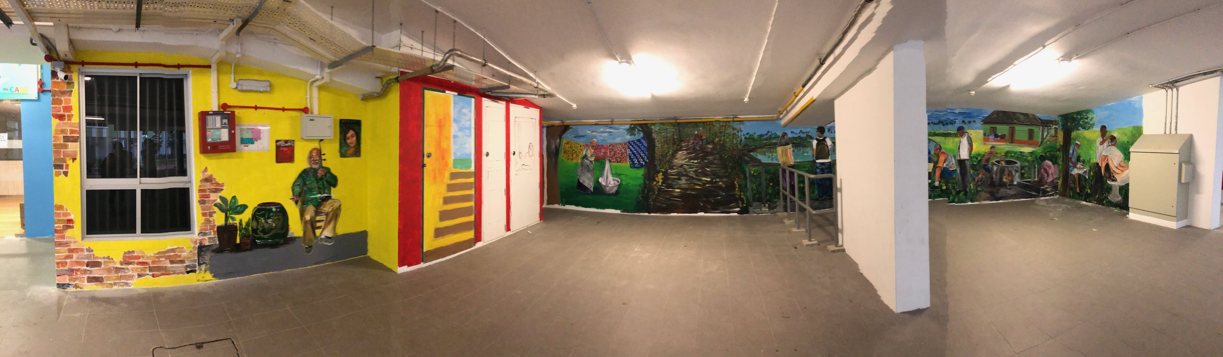 Panoramic view of the walls on the other side.