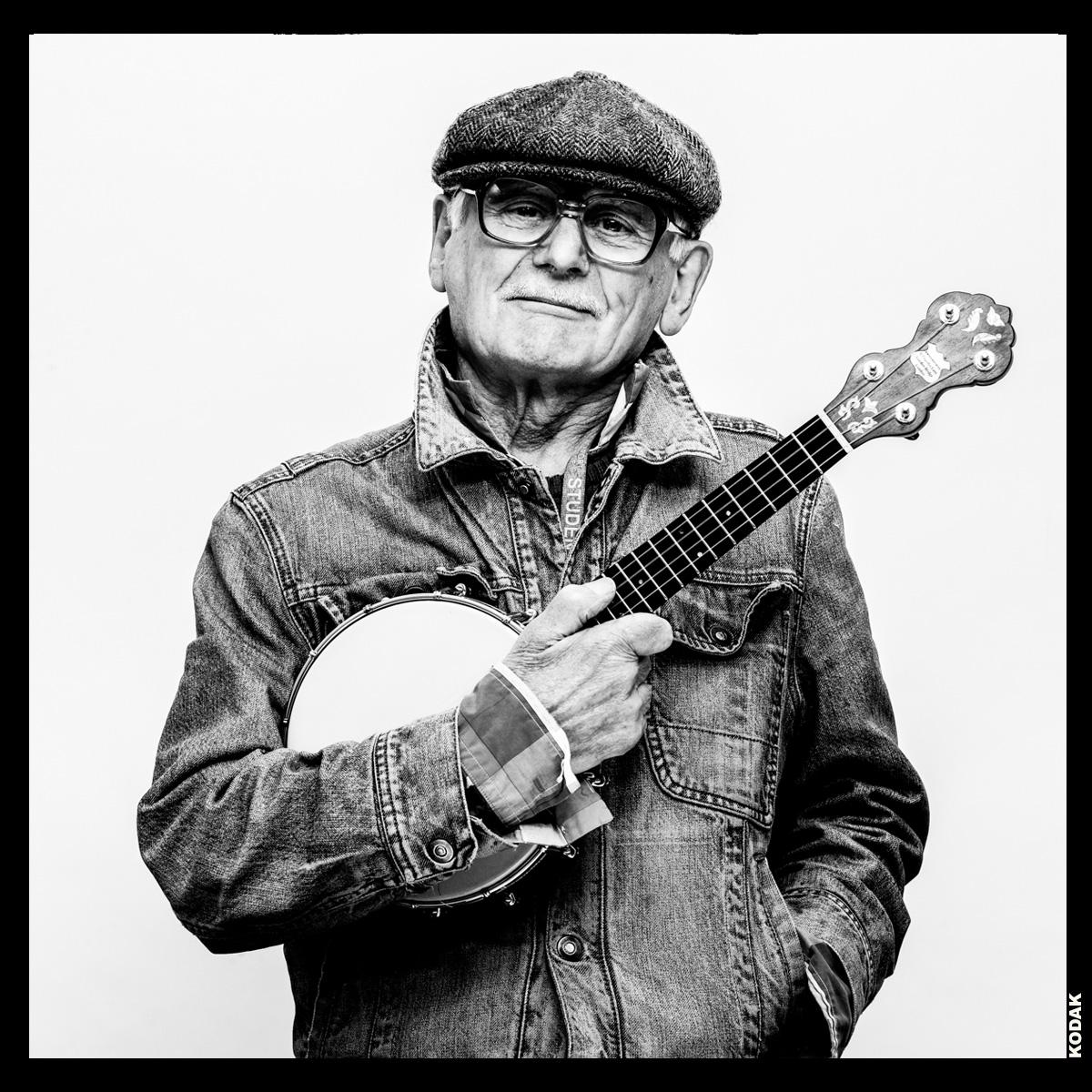 Patrick - Banjo player