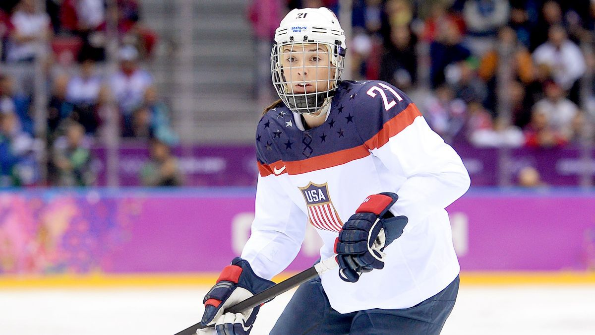 070814-NHL-USA-Hilary-Knight-PI-CH.vresize.1200.675.high.45.jpg