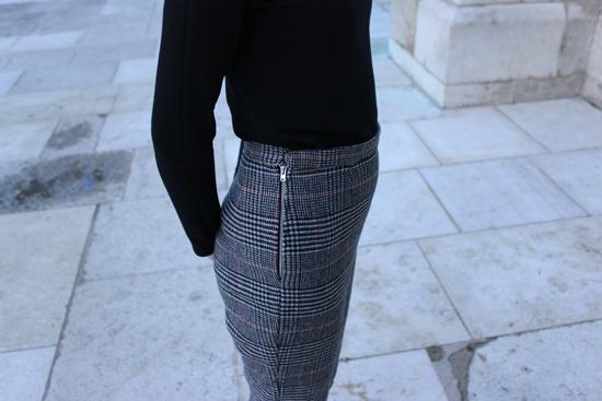 checked trouserssm7.jpg
