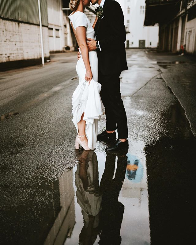 Elise & Bernhard - August 2019⠀ ⠀ I know most couples wish for a sunny day on their wedding, but if you just accept it and enjoy your big day, it won't matter, and rain can make for some epic photos if you embrace it. ⠀ ⠀ ⠀ ⠀ #bryllup #bryllup2019 #bryllup2020 #bryllupsfotograf #bryllupsfotografaarhus #andersdalsgaard #bryllupsbilleder #bryllupsinspiration #brud #sommerbryllup #bryllupsfotografjylland #bryllupaarhus #nordiskebryllup  #bride #regnvejrsbryllup #bryllupsfotografering  #lookslikefilm #rain  #weddingphotography #junebugweddings #weddingindenmark  #rainywedding #featuremeoncewed #weddingineurope #loveacouple #bröllopsfotograf #bröllop2019 #bröllopsinspiration #hochzeitsfotograf #hochzeitsfotografie